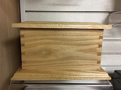 Oak Dovetail Urn