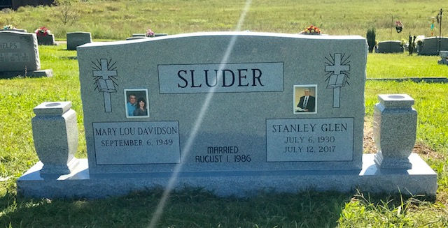 The Monument of Stanley Glen & Mary Lou Davidson Sluder