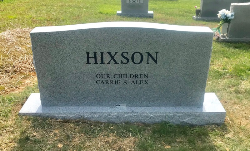The Monument of Danny & Peggy (Roberts) Hixson