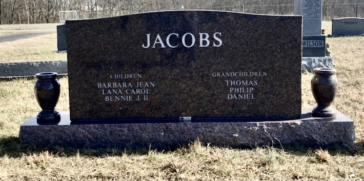 The Monument of Bennie Jerald and Sue Carrol Caudill Jacobs